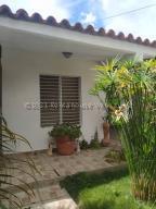 Casa En Ventaen Barquisimeto, Parroquia El Cuji, Venezuela, VE RAH: 21-13376