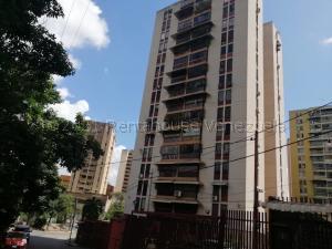 Apartamento En Ventaen Guarenas, El Calvario, Venezuela, VE RAH: 21-13910