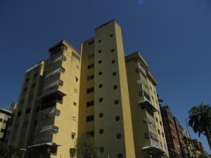 Apartamento En Ventaen Valencia, Trigal Centro, Venezuela, VE RAH: 21-13377