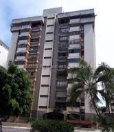 Apartamento En Ventaen Valencia, Trigal Centro, Venezuela, VE RAH: 21-13384