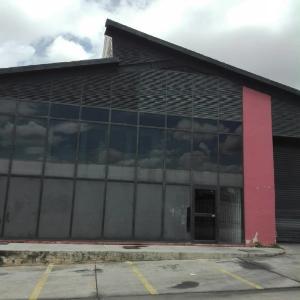 Galpon - Deposito En Ventaen Municipio San Diego, Parque Industrial Castillito, Venezuela, VE RAH: 21-13392