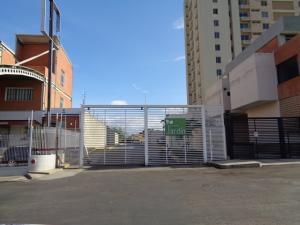 Terreno En Ventaen Barquisimeto, Zona Este, Venezuela, VE RAH: 21-13394
