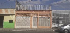 Casa En Ventaen Barquisimeto, Parroquia Concepcion, Venezuela, VE RAH: 21-13407