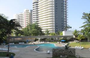 Apartamento En Ventaen Parroquia Naiguata, Camuri Grande, Venezuela, VE RAH: 21-13440