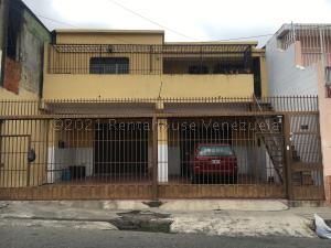 Casa En Ventaen Barquisimeto, Parroquia Union, Venezuela, VE RAH: 21-13447