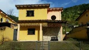 Townhouse En Ventaen Municipio San Diego, El Polvero, Venezuela, VE RAH: 21-13499