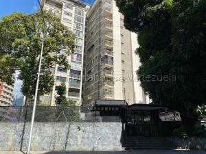 Apartamento En Ventaen Caracas, Los Palos Grandes, Venezuela, VE RAH: 21-13461