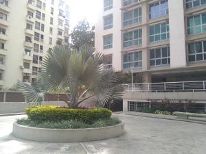 Apartamento En Alquileren Caracas, Campo Alegre, Venezuela, VE RAH: 21-13453
