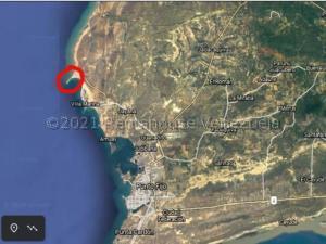 Terreno En Ventaen Punto Fijo, Los Taques, Venezuela, VE RAH: 21-13463
