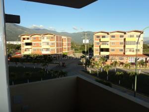 Apartamento En Ventaen Guatire, Parque Habitad El Ingenio, Venezuela, VE RAH: 21-13465