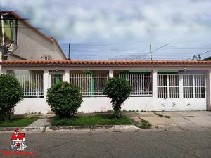 Casa En Ventaen Cagua, La Fundacion, Venezuela, VE RAH: 21-13468