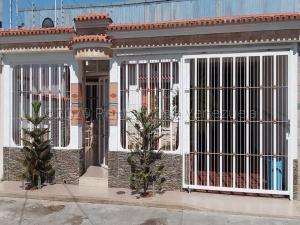 Casa En Ventaen Municipio Linares Alcantara, La Morita I, Venezuela, VE RAH: 21-13472