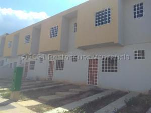 Casa En Ventaen Cabudare, La Mata, Venezuela, VE RAH: 21-13480