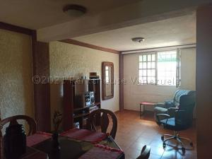 Apartamento En Ventaen Municipio San Francisco, San Francisco, Venezuela, VE RAH: 21-13489