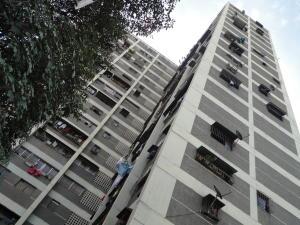 Apartamento En Ventaen Caracas, Caricuao, Venezuela, VE RAH: 21-13492