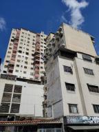 Apartamento En Ventaen Caracas, Parroquia La Candelaria, Venezuela, VE RAH: 21-13505