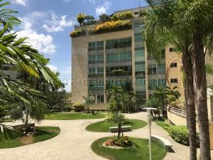 Apartamento En Alquileren Caracas, La Castellana, Venezuela, VE RAH: 21-13518