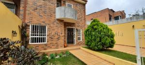 Casa En Ventaen Caracas, Alto Hatillo, Venezuela, VE RAH: 21-13876