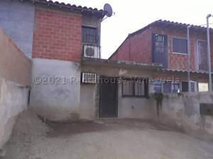 Casa En Ventaen Palo Negro, Los Tulipanes, Venezuela, VE RAH: 21-13540