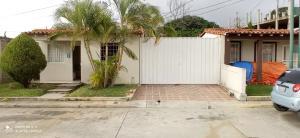 Casa En Ventaen Cabudare, La Piedad Norte, Venezuela, VE RAH: 21-13547