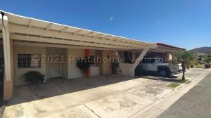 Casa En Ventaen Municipio San Diego, Sabana Del Medio, Venezuela, VE RAH: 21-13551