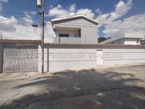 Casa En Ventaen Barquisimeto, Colinas De Santa Rosa, Venezuela, VE RAH: 21-13575