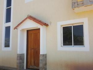 Townhouse En Ventaen Ciudad Ojeda, Las Morochas, Venezuela, VE RAH: 21-13627
