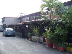 Casa En Ventaen Guatire, Valle Arriba, Venezuela, VE RAH: 21-13656