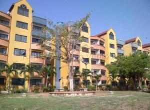 Apartamento En Ventaen Municipio San Diego, Poblado De San Diego, Venezuela, VE RAH: 21-13658
