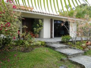 Casa En Ventaen Caracas, La Lagunita Country Club, Venezuela, VE RAH: 21-13664
