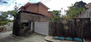 Casa En Ventaen Caracas, La Lagunita Country Club, Venezuela, VE RAH: 21-13706