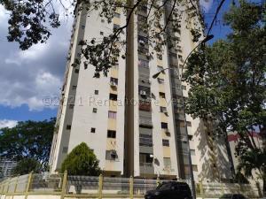 Apartamento En Ventaen Valencia, Valles De Camoruco, Venezuela, VE RAH: 21-6968