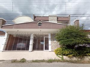 Casa En Ventaen Turmero, La Mantuana, Venezuela, VE RAH: 21-13684