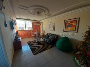 Apartamento En Alquileren Maracaibo, Amparo, Venezuela, VE RAH: 21-13688