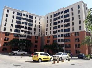 Apartamento En Ventaen Maracay, Bosque Alto, Venezuela, VE RAH: 21-13690