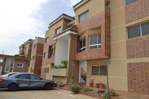 Apartamento En Ventaen Maracaibo, Monte Bello, Venezuela, VE RAH: 21-13757
