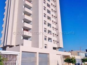 Apartamento En Ventaen Maracaibo, Dr Portillo, Venezuela, VE RAH: 21-13770