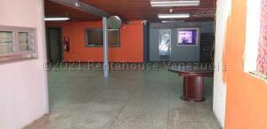Local Comercial En Alquileren Cabimas, Carretera H, Venezuela, VE RAH: 21-13817