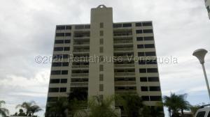 Apartamento En Ventaen Parroquia Caraballeda, La Llanada, Venezuela, VE RAH: 21-13818