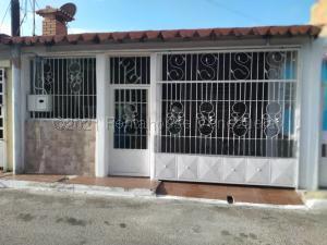Casa En Ventaen Cabudare, La Piedad Norte, Venezuela, VE RAH: 21-14128