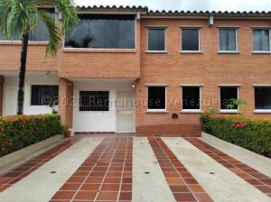 Townhouse En Ventaen Guatire, Terrazas De Buena Ventura, Venezuela, VE RAH: 21-13863
