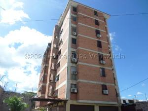Apartamento En Ventaen Cabudare, Centro, Venezuela, VE RAH: 21-14046