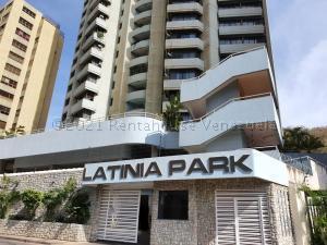 Apartamento En Ventaen Puerto La Cruz, La Tinia, Venezuela, VE RAH: 21-13950