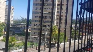 Apartamento En Ventaen Guarenas, Menca De Leoni, Venezuela, VE RAH: 21-13959