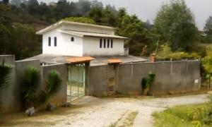 Casa En Ventaen Caracas, El Junquito, Venezuela, VE RAH: 21-13990