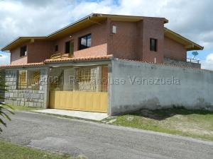 Casa En Ventaen Carrizal, Municipio Carrizal, Venezuela, VE RAH: 21-14373