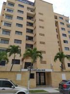 Apartamento En Ventaen Parroquia Caraballeda, Caribe, Venezuela, VE RAH: 21-14008