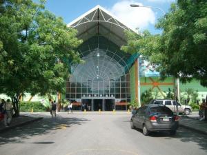 Local Comercial En Ventaen Municipio San Diego, La Esmeralda, Venezuela, VE RAH: 21-14012