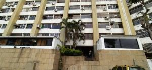 Apartamento En Ventaen Parroquia Caraballeda, Los Corales, Venezuela, VE RAH: 21-14031