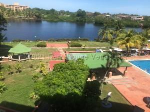 Apartamento En Ventaen Rio Chico, Los Canales De Rio Chico, Venezuela, VE RAH: 21-14040